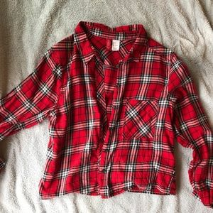 Slightly cropped plaid button up